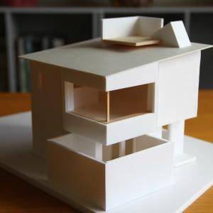 将来隣地に住宅が建った時、囲われたプライベートガーデンが完成します。