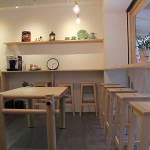 熊本地震で使われた紙管の二次利用として、紙管によるテーブルを製作。